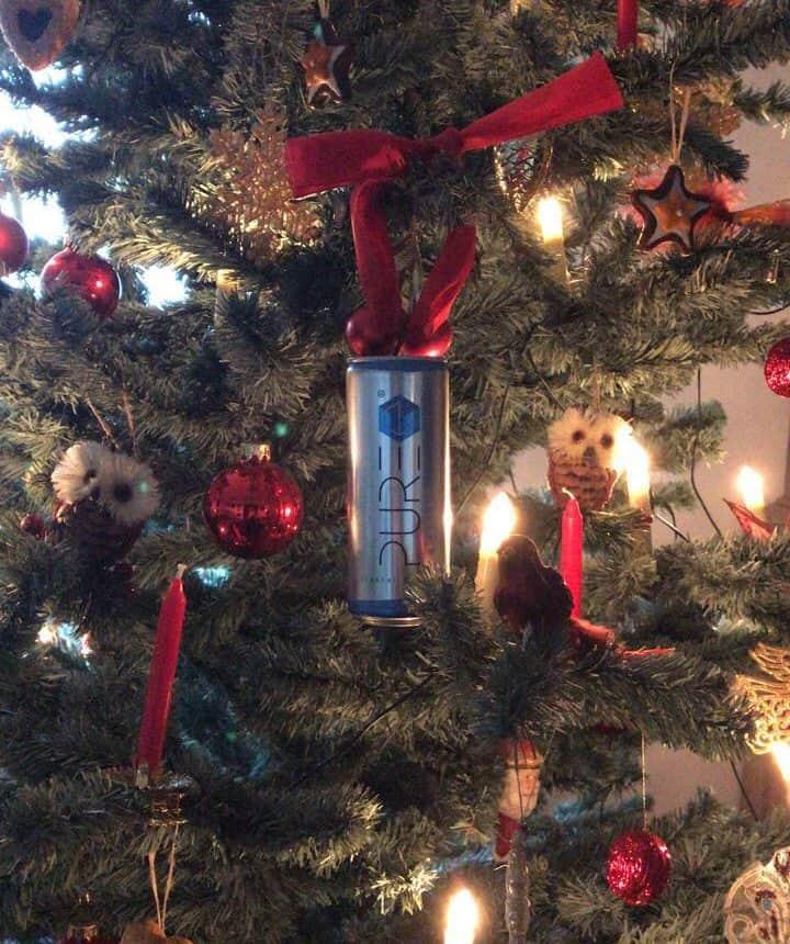 PURE Energy Drink - Weihnachtsbaum